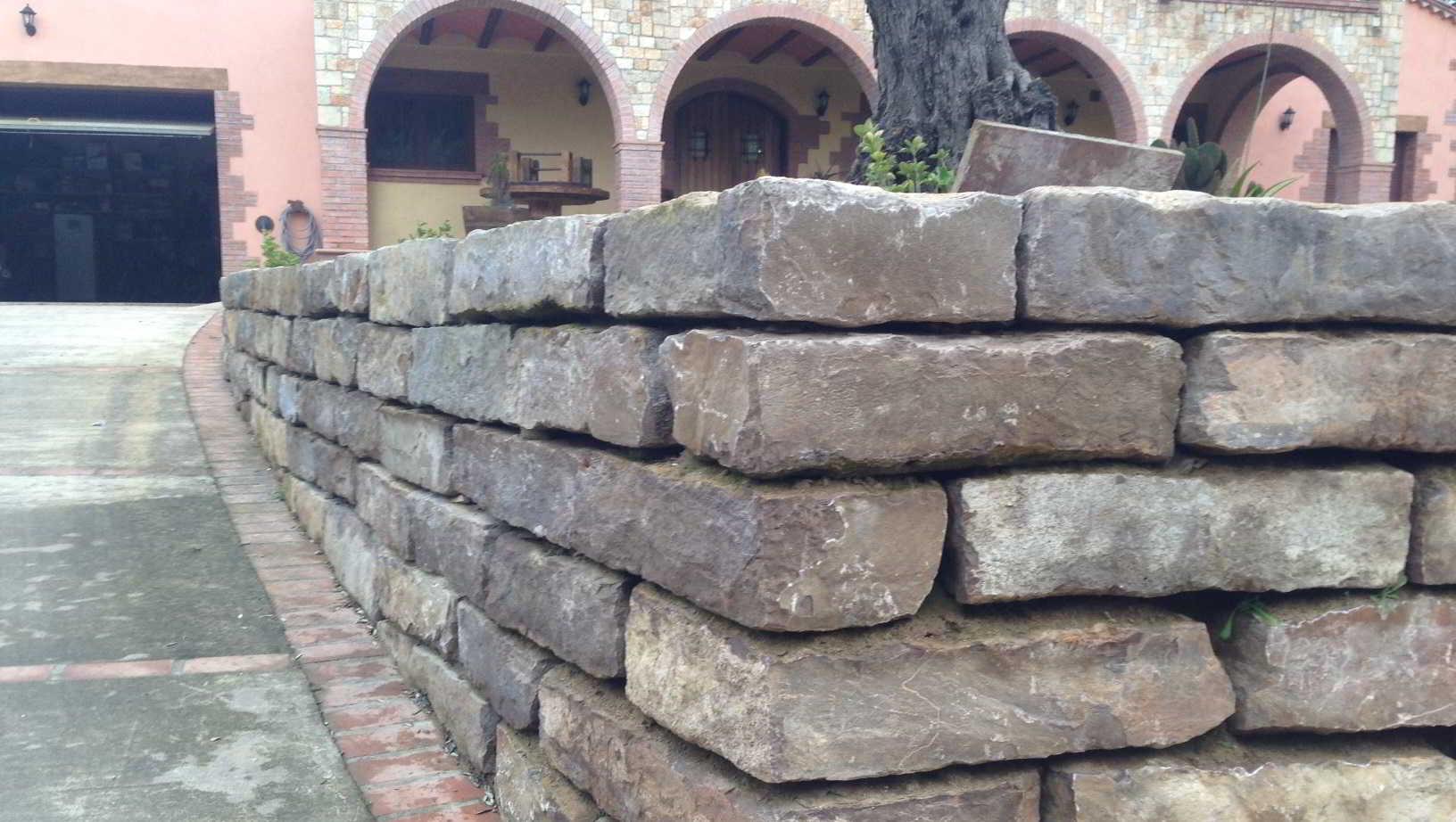 Muros pujol muros y piedras pujol - Muros de piedra construccion ...