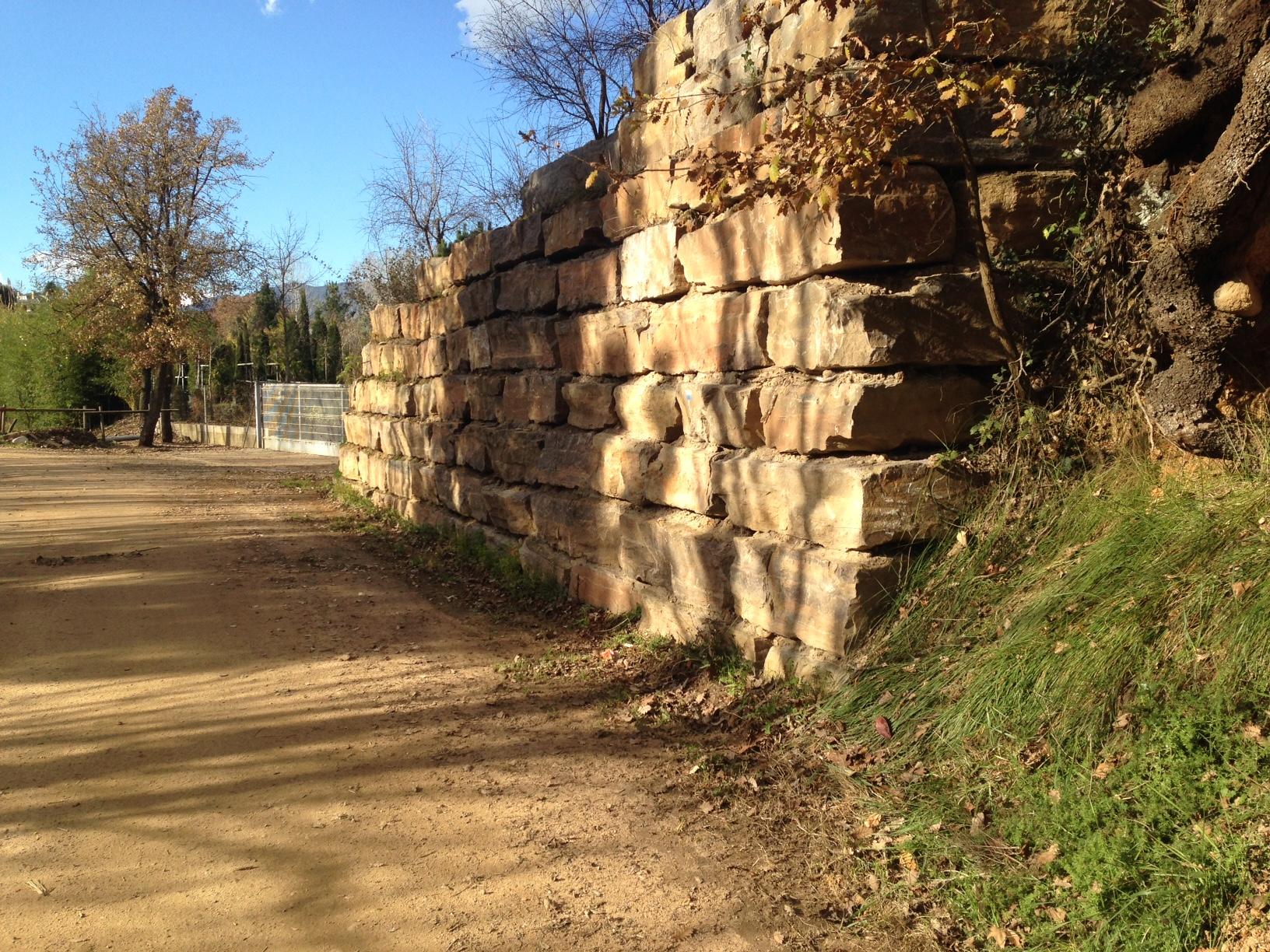 Muro en un garden muros pujol Viveros en girona